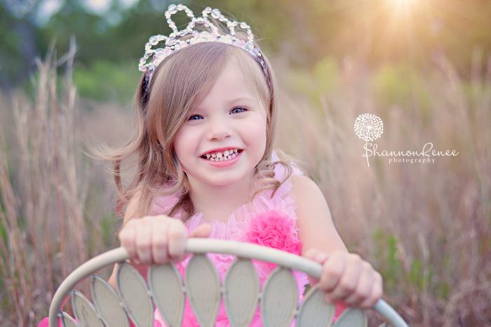 Daughter loves her daddy 20140330 015mov - 4 10