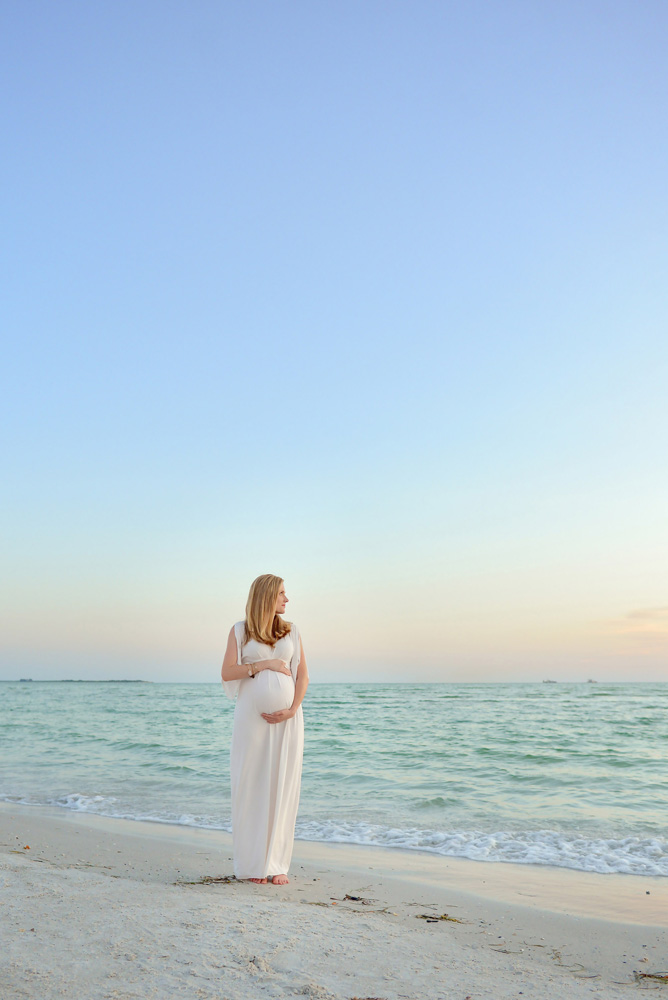 tampa beach maternity photos